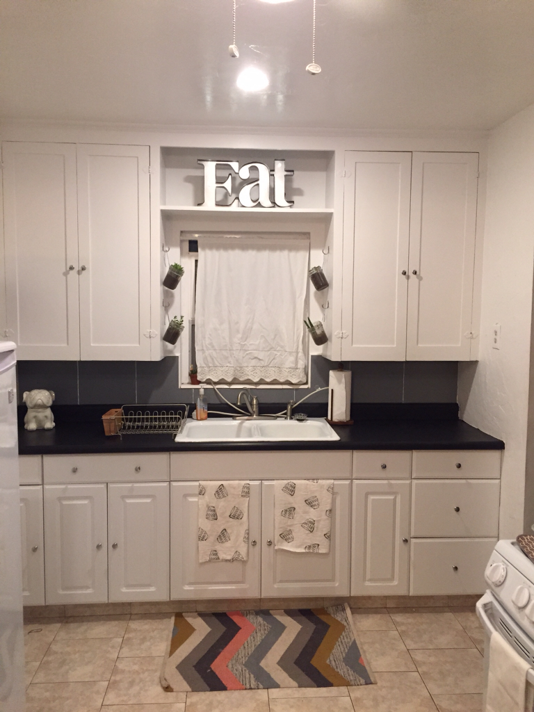 Countertop Chalkboard Paint : Countertop Quick Fix! Chalk Paint - The Style Sisters