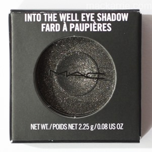c_WhatsYourFantasyIntoTheWellEyeshadowMAC