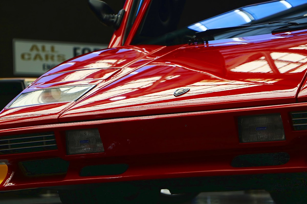 Lamborghini Countach (09).jpg