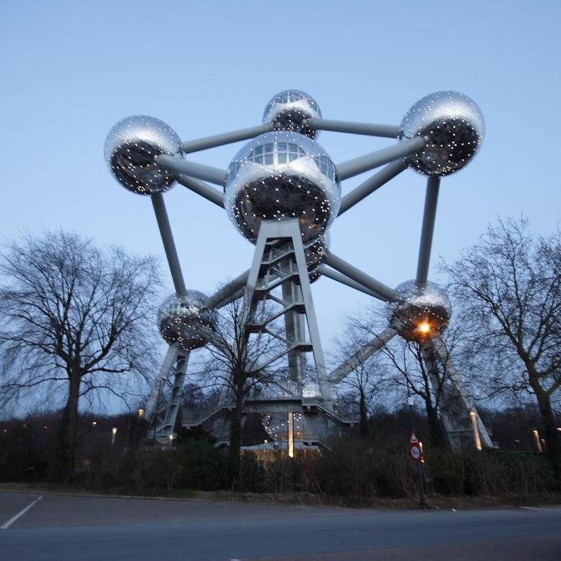 Brussels_101 Dusky Atomium.jpg