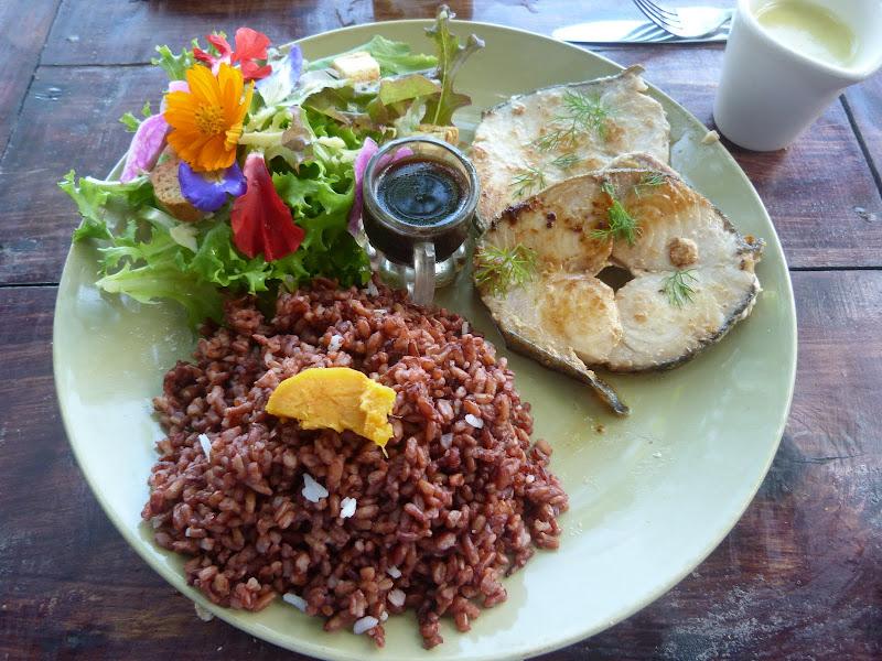 Panglao island, Bohol Bee Farm. pas plus cher qu'ailleurs, copieux et délicieux