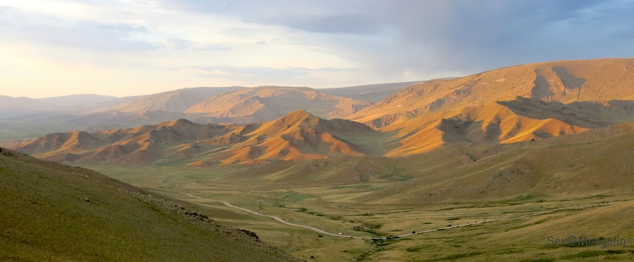 Mongolia%252520pejzaz%2525202.jpg