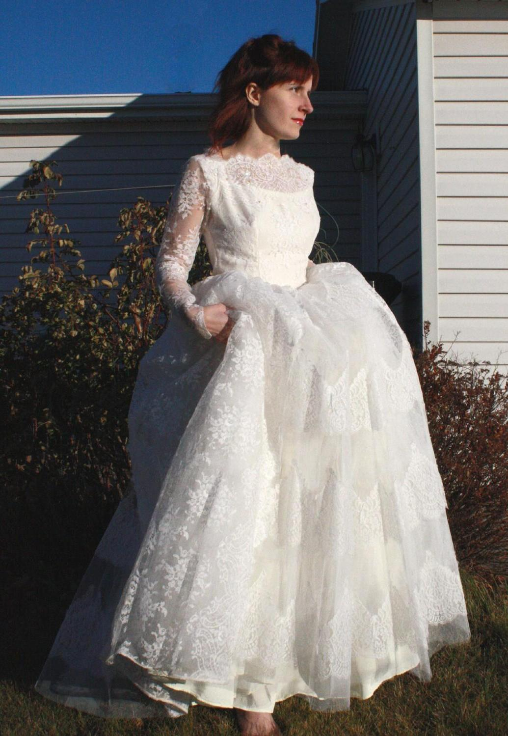 SALE Vintage 50s Wedding Dress Lace Tulle Ivory Beaded Gown XS XXS