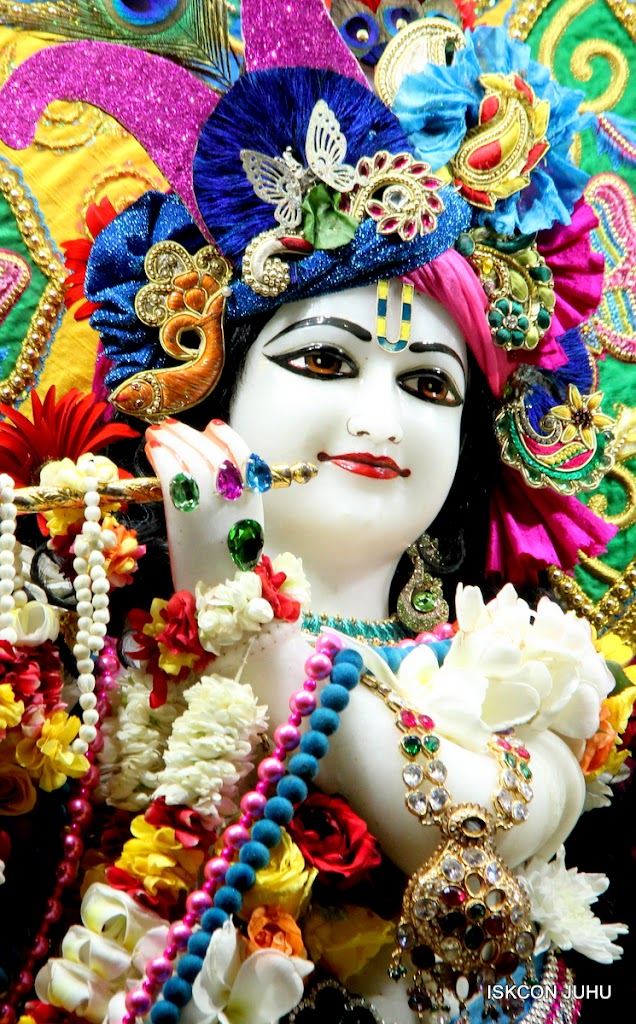 ISKCON Juhu Sringar Deity Darshan on 26th June 2016 (15)