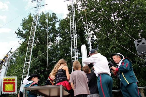 Koningschieten Sint Theobaldusgilde overloon 01-07-2012 (30).JPG