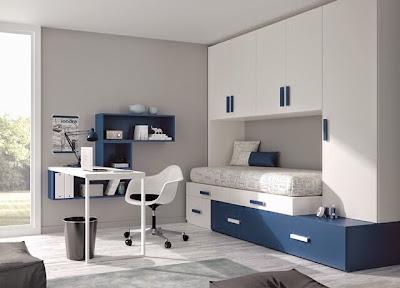habitación juvenil con cama desplazada,cajones y armario y mesa de estudio