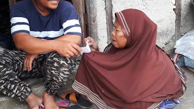 Komunitas Kuansing Berbagi, Beri Santunan  Serta Sembako Bagi Jompo dan Fakir Miskin