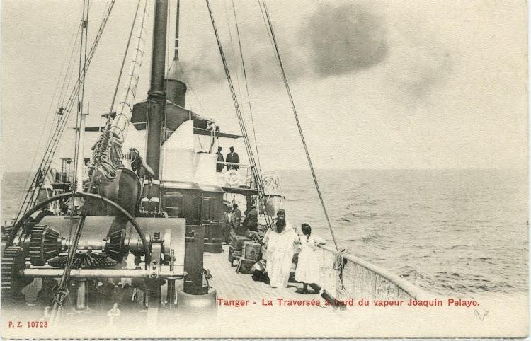 Citado erroneamente en la postal, esta foto representa al JOAQUIN PIELAGO en navegación en el Estrecho.jpg