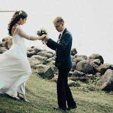 Wedding photographer Elena Uspenskaya (wwoostudio). Photo of 22.10.2017