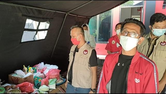 Anggota DPRD Fraksi PDI Perjuangan Kabupaten Bekasi Sumbang Gaji dan Tunjangan untuk Posko Covid-19