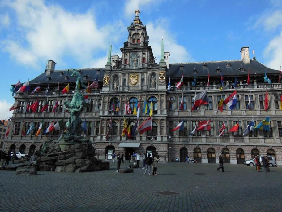 Grote Markt y Stadhauis de Amberes