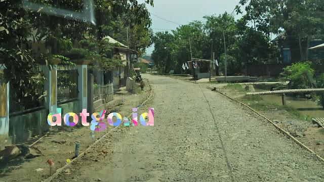 Pengecoran jalan sawah baru ciasem dan desa muara blanakan