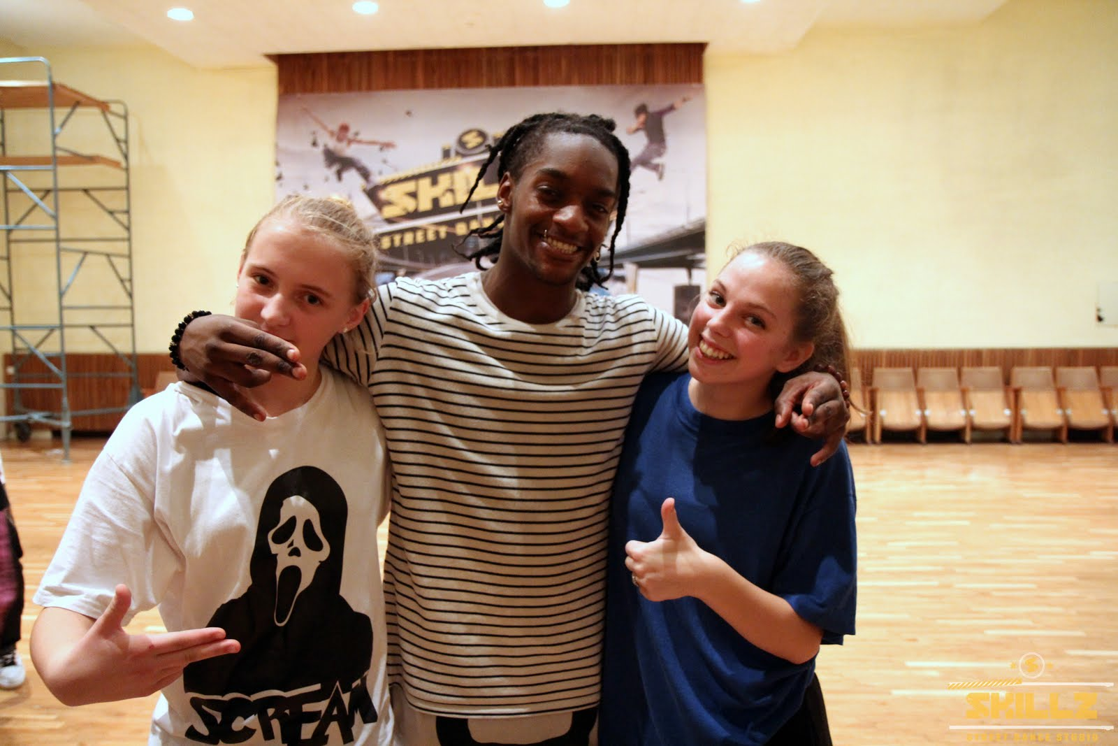 Hip- Hop workshop with Shaadow (UK) - IMG_1945.jpg