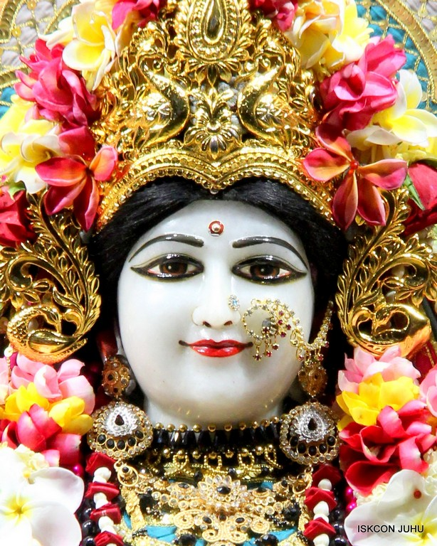 ISKCON Juhu Sringar Deity Darshan 09 April 2016 (56)