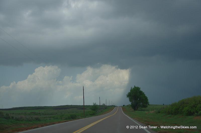 04-14-12 Oklahoma & Kansas Storm Chase - High Risk - IMGP0382.JPG