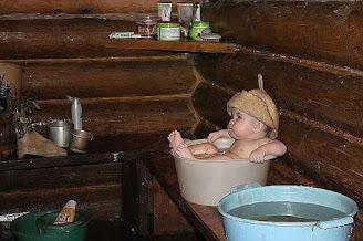 дитя в бане