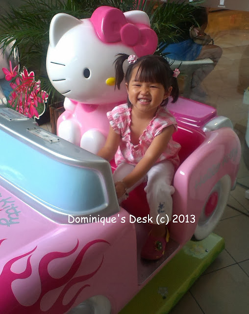 Tiger girl on the Hello Kitty ride