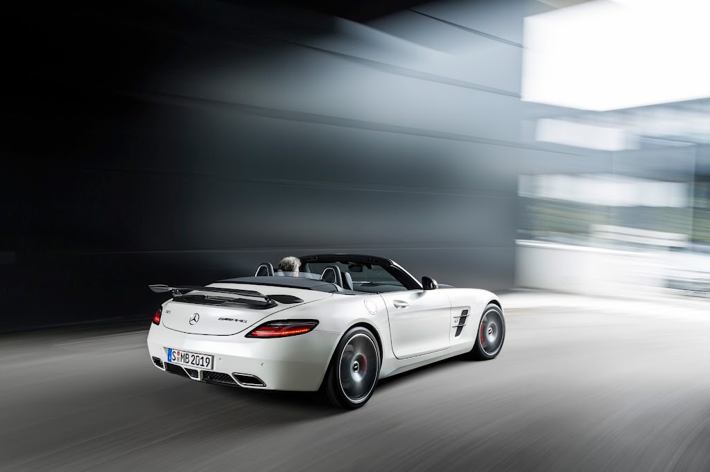 2015 Mercedes Benz SLS AMG GT Final Edition 12