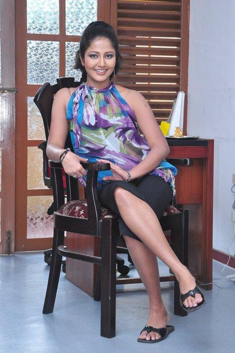 Lochana Imashi, Lochana Imashi sexy photo, Lochana Imashi hot, hot TV Presenter, Srilankan TV Presenter, Lochana Imashi unseen pics, lochana imashi facebook