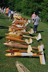 La traditionnelle exposition des fuselages, avec ici le coin des bois vernis