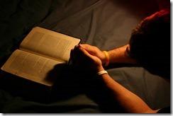 BIBLIA-E-ORAÇÃO