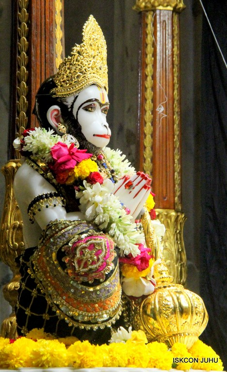 ISKCON Juhu Sringar Deity Darshan 09 April 2016 (23)