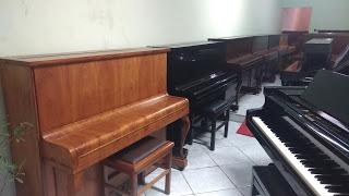 Alves Pianos