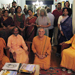Swami Shantarupananda with resident swamis and devotees