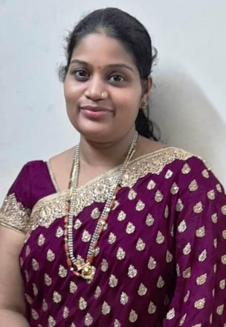 9th Rank to Teacher   ವಿವಿ ಪದವಿ ಪರೀಕ್ಷೆ: ಎರಡು ಮಕ್ಕಳ ತಾಯಿಗೆ 9ನೇ Rank, ಶಿಕ್ಷಕಿಯ ಅನುಪಮ ಸಾಧನೆ