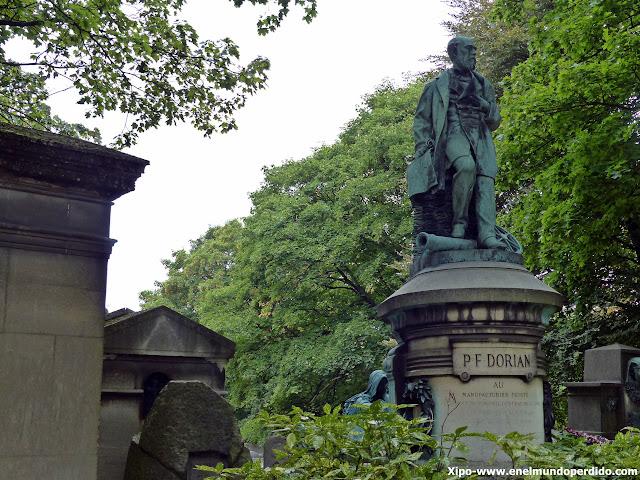 esculturas-cementerio-pere-lachaise-paris.JPG