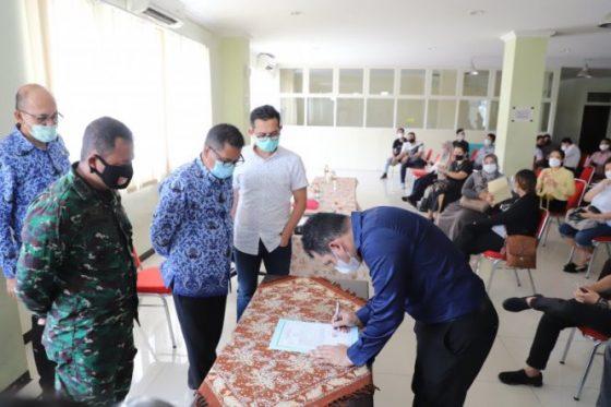 Satpol Surabaya Bantah Tebang Pilih Tindak Tempat Usaha Langgar Prokes
