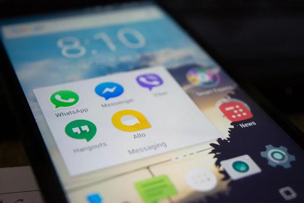 Cara Mengunci WhatsApp Messeger Anda Mengunakan Face ID