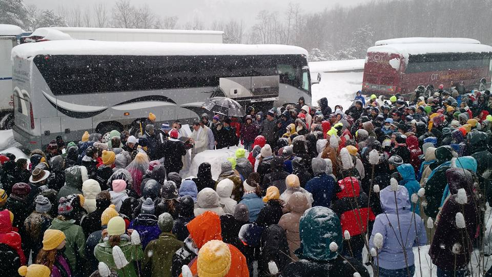 Pro-life students make an act of faith in a Pennsylvania blizzard