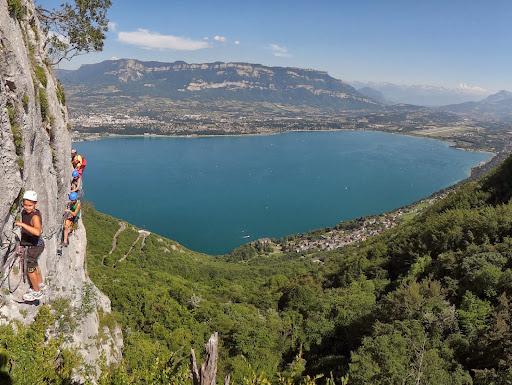 Via ferrata vers Chambéry, roc de Cornillon, Vue sur le lac du Bourget, Savoie