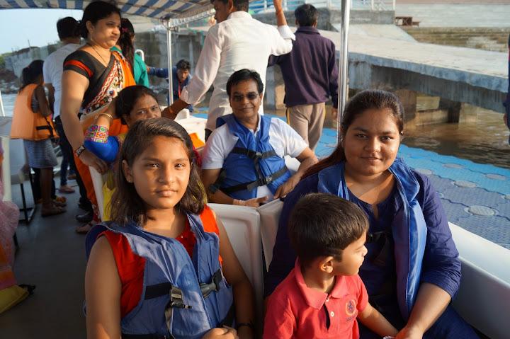 Omkareshwar and Hanmuntiya water resort - DSC06594.JPG