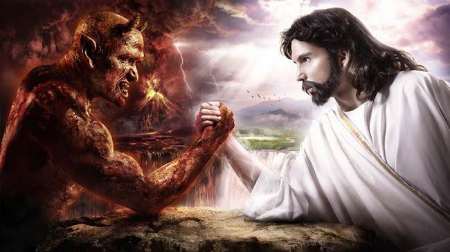 Ai dựng lên Ma Quỷ