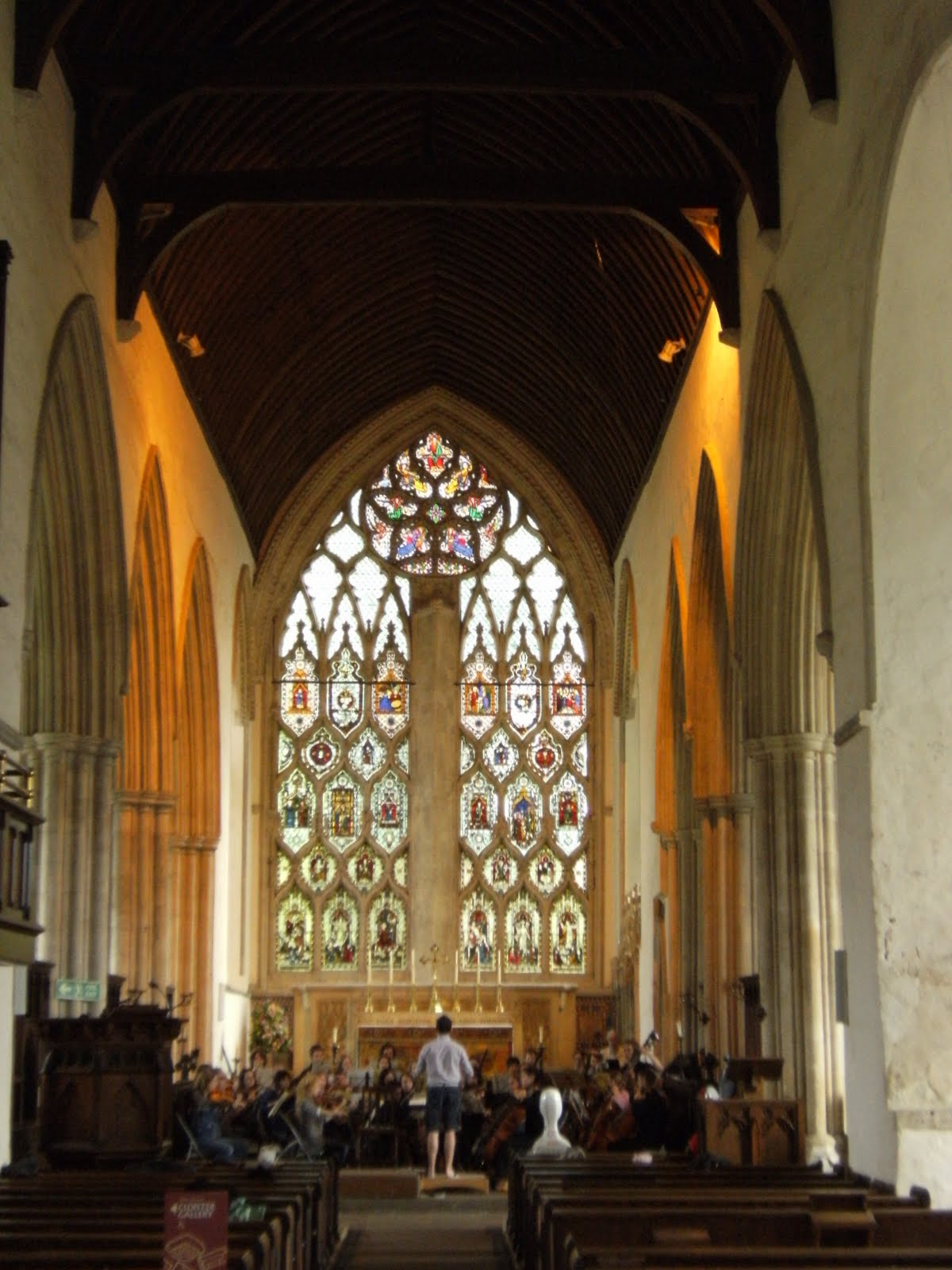 1006190010 An orchestral rehearsal in Dorchester Abbey