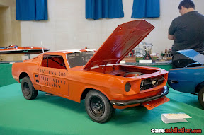 1:8 Ford Mustang
