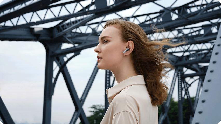 ความเป็นส่วนตัวที่คุณสามารถซื้อได้ HUAWEI Audio Family แนะนำ 3 หูฟังไร้สาย กับ 1 แว่นตาอัจฉริยะที่จะทำให้ทุกช่วงกลายเป็นโมเม้นต์ส่วนตัวของคุณได้ด้วยเทคโนโลยีตัดเสียงรบกวนที่เหนือขั้นยิ่งกว่าที่เคย