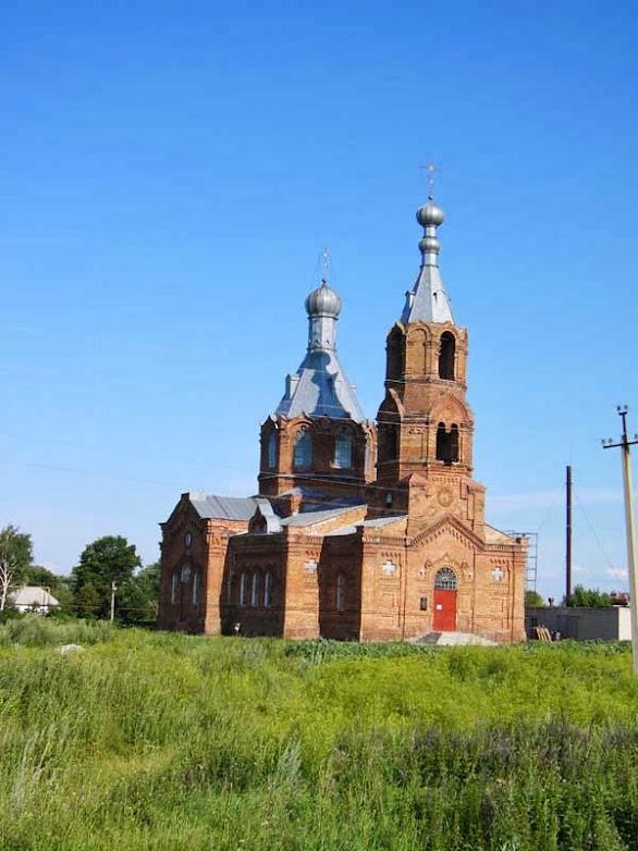 Михаило-Архангельский храм в селе Демшинка Липецкой области
