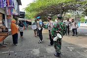 Langkah Strategis Lawan Sebaran Covid Meskipun Sudah Divaksinasi, Petugas Gencarkan Patroli PPKM Mikro