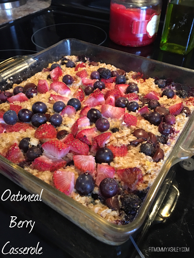 baked, oats, casserole, breakfast, easy, simple, healthy, clean, berry, chocolate chip, strawberries, foodie, 21 day fix