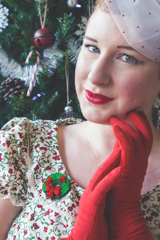 Wearing Erstwilder's Deck the Halls Brooch and vintage accessories | Lavender & Twill