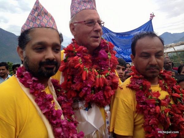 बेल्जियमको डाक्टरहरू मिसन नेपाल २०१६ को लागि प्रस्थान गर्दै