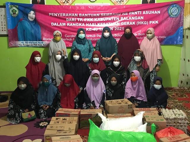 Berkah Ramadhan, PKK Balangan Salurkan Sembako Ke Panti Asuhan