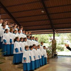 Tradicional ofrena floral a la Mare de Déu de Lluc de la Federació de Persones Majors de la Part Forana de Mallorca