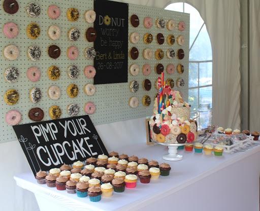 857- Pimp your cupcake bruidstaart.JPG