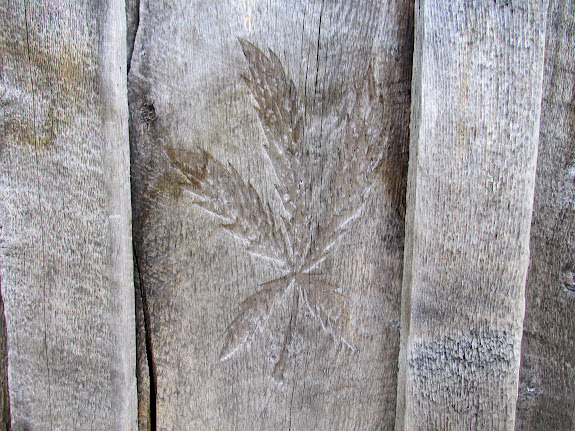 Pot leaf carving