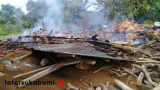 Kebakaran di Waluran Sukabumi, 1 Ton Gabah Terbakar Pemilik Rumah Masih Syok