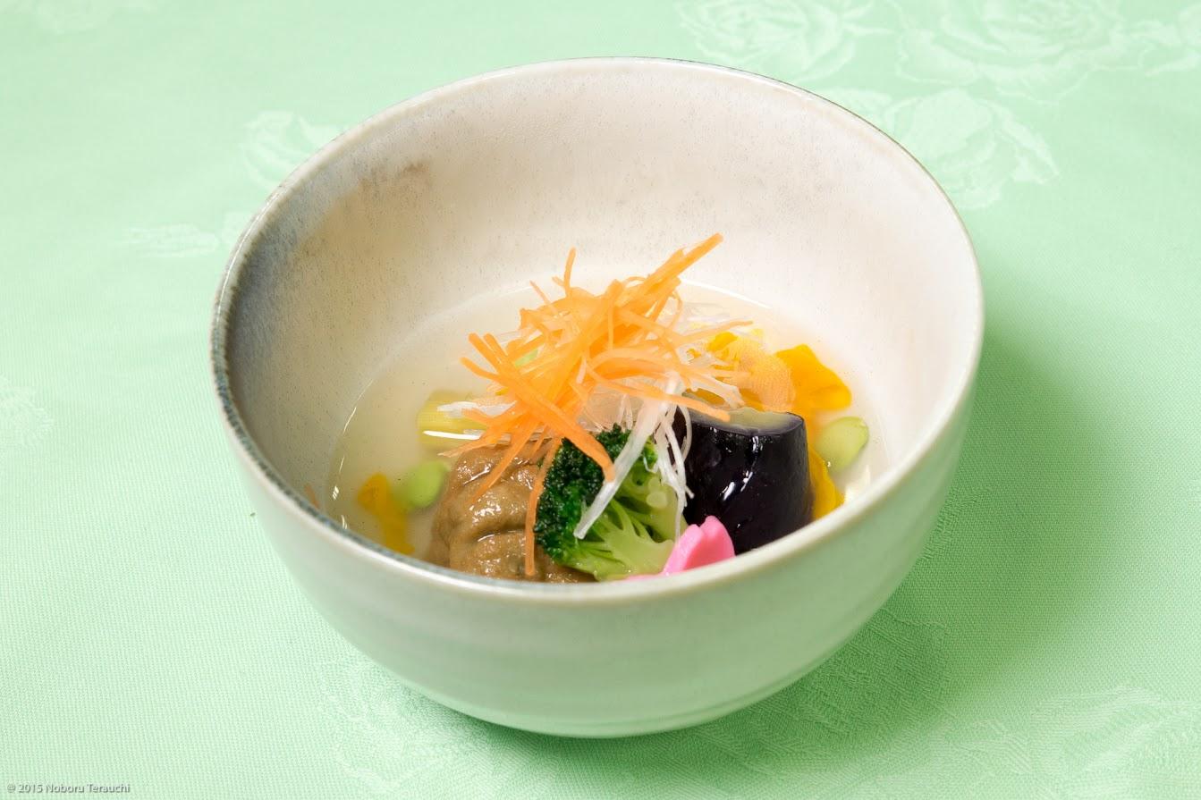 煮物:黒千石豆腐の飛竜頭(ひりゅうず・がんもどき)